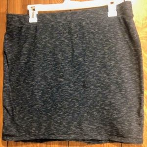 Divided Basics Black/Gray Mini Skirt